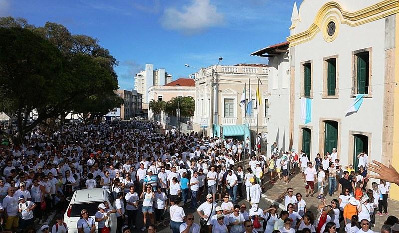 Concentração da caminhada ocorre a partir das 15h na Praça André de Albuquerque