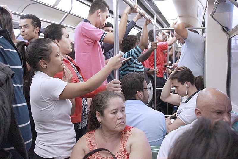 Apenas 4,4% da população da Região Metropolitana de BH usa o metrô por dia