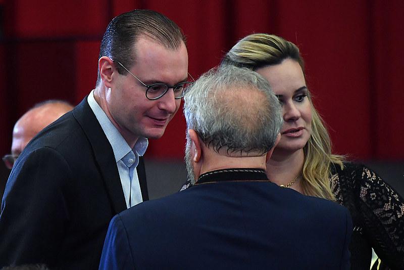 Cristiano Zanin e Valeska Martins, advogados de defesa do ex-presidente Luiz Inácio Lula da Silva
