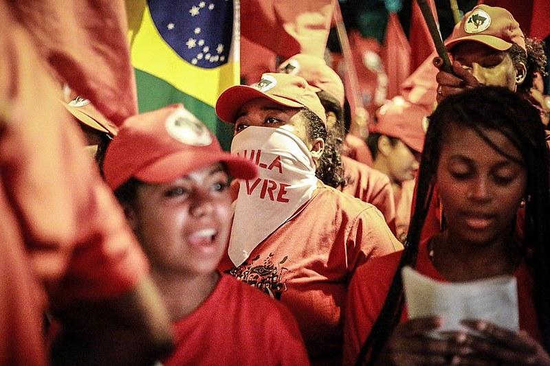 Ato de lançamento na Coluna Ligas Camponesas, que parte município goiano de Formosa e reúne marchantes do Nordeste