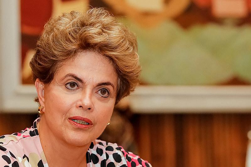 """""""Em qualquer lugar do mundo, esta é uma declaração que enseja a característica de desvio de finalidade do impeachment"""", acrescentou Dilma"""