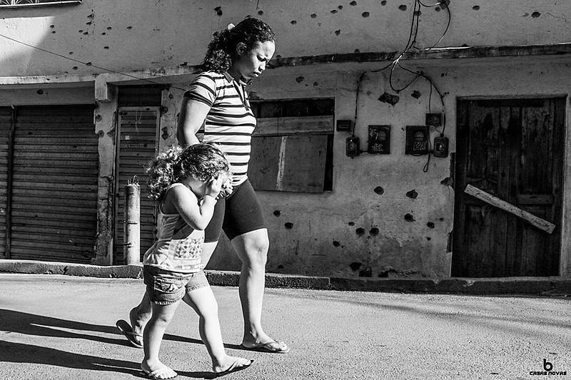 Moradores do Complexo do Alemão sofrem com violência; esse ano já são 17 mortes em confrontos policiais