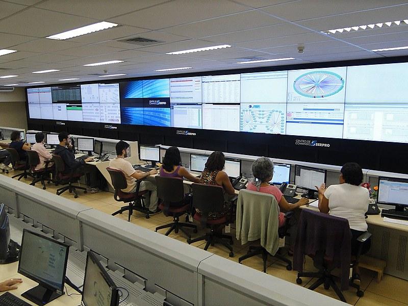 Os 4 mil sistemas administrados pelo Serpro estariam na mira de gigantes como Google, IBM e Microsoft