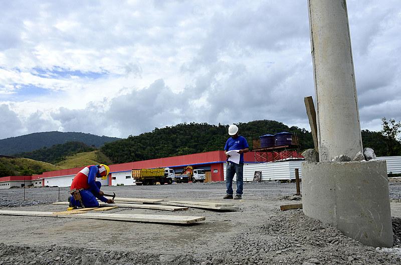 Estima-se que a unidade fará cerca de 25 mil atendimentos por dia, tanto de pessoas de Maricá quanto de municípios vizinhos