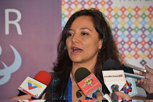 Segundo Monica Bruckmann, o mundo está passando por um projeto de reestruturação que tem impacto muito grande para a América Latina