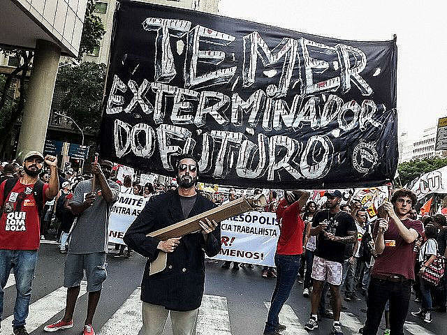 Aftertwo consecutive years of stagnant GDP growth has lead tonegative repercussions on the lives of working classBrazilians