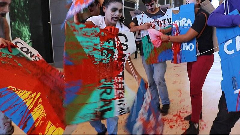 "Durante protesto, manifestantes gritavam ""Lula Livre"""