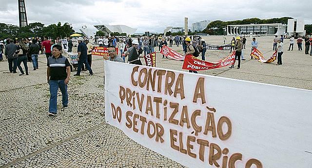 Mayoría de la población está contra las privatizaciones