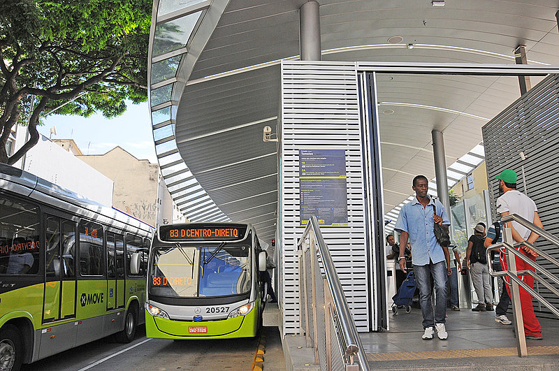 Retirada dos cobradores gera uma economia enorme para as empresas de ônibus, salienta Tarifa Zero