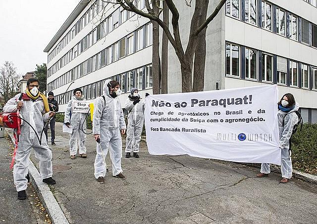 Comitiva enfrentó protesta de ONG durante visita a secretario de estado suizo