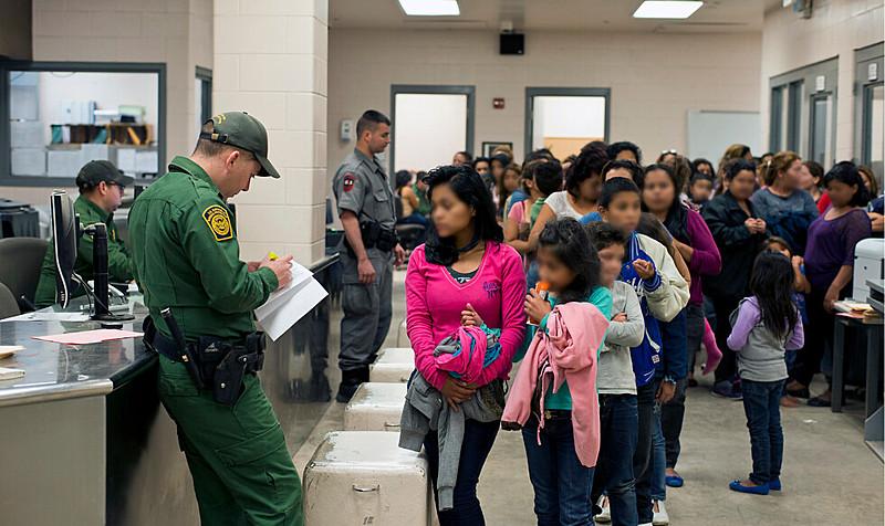 Grupo é formado por menores não acompanhados, detidos junto com suas famílias ou separados dos pais antes da detenção