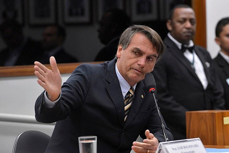 """""""Paulo Guedes, o ministro da Economia, encomendou uma dura reforma da previdência que deixará a classe trabalhadora sem um direito básico"""""""