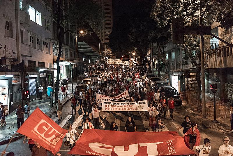 André:  a luta institucional descolada do movimento social real foi um grave erro, assim como aceitar a normalização golpista acumulando para 2018 pode ser mais uma ilusão