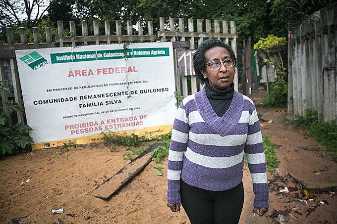 Lígia é neta dos fundadores do quilombo, que chegaram na área na década de 1940