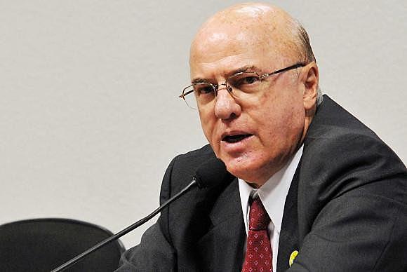 Ex-presidente da Eletronuclear, Othon foi algemado pelo delegado Noble