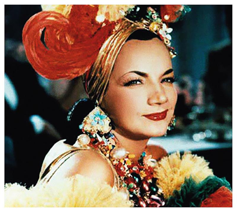 """A cantora Carmem Miranda eternizou a marchinha de carnaval """"Yes, nós temos bananas"""""""
