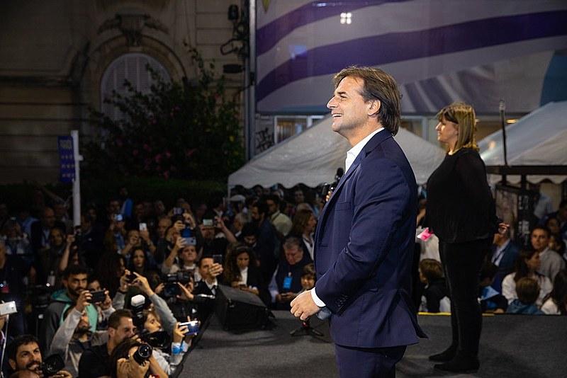 A diferença entre Luis Lacalle Pou e Daniel Matínez foi de 1%