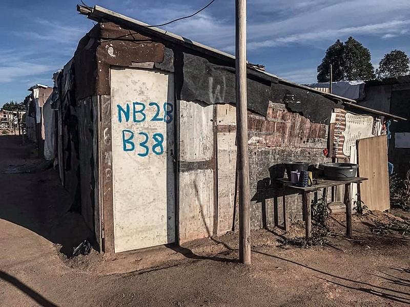 Registro da casa onde vivia o pedreiro de 72 anos, no acampamento Marielle Franco. Luis tinha seis filhos