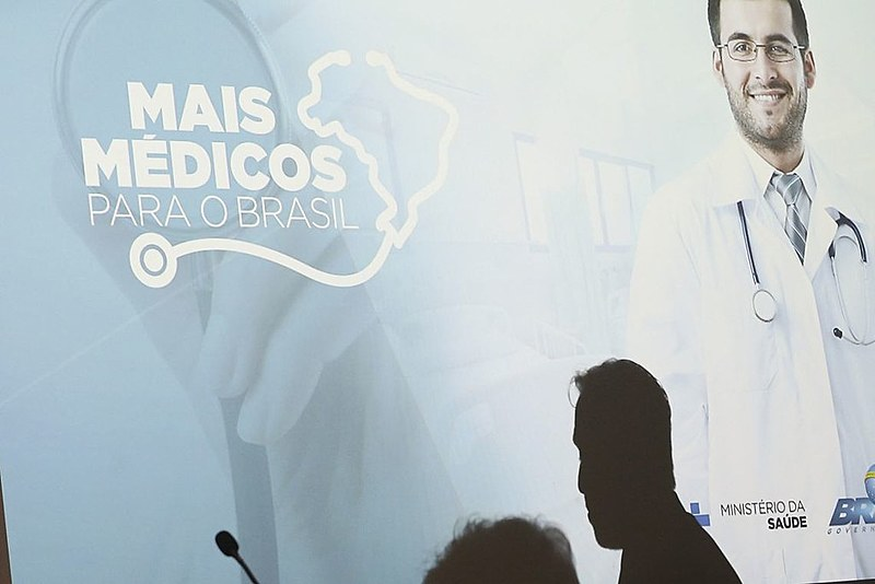 Entrevista com o ministro da Saúde, Gilberto Occhi
