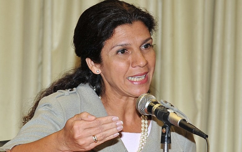 """Maria Fernanda: 'Governo interino mostra """"voracidade"""" na destruição de tudo o que se conseguiu em 13 anos'"""