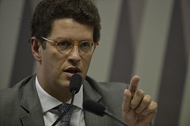 Ricardo Salles pretende terceirizar o monitoramento do desmatamento da Amazônia