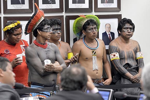 Indígenas participam de sessão da CPI da Funai e do Incra