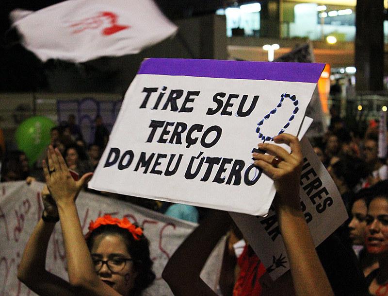 Elas participam ativamente dos atos de mulheres no 8 de março, Dia Internacional da Mulher