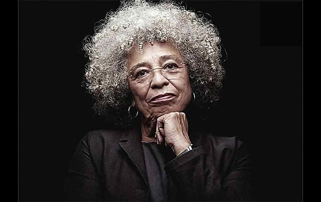 US activist and philosopher Angela Davis is visiting Brazil for the launch of her autobiography