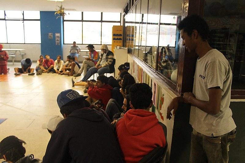 Adolescentes na ocupação da Fábrica de Cultura do Capão Redondo,  em São Paulo (SP)