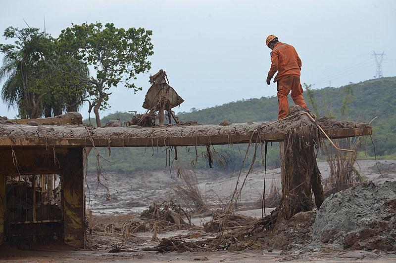 Ausência de licenciamento ambiental poderá causar outros desastres como o de Mariana (MG)