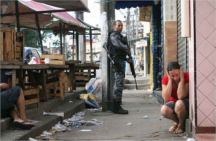 Intervenção federal-militar na Segurança Pública completou quatro meses no estado do Rio de Janeiro com aumento de 36% no número de tiroteio