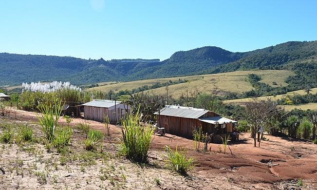 Muitos assentados moram em lotes sem infraestrutura e podem ser os primeiros a vender suas terras depois de titualadas