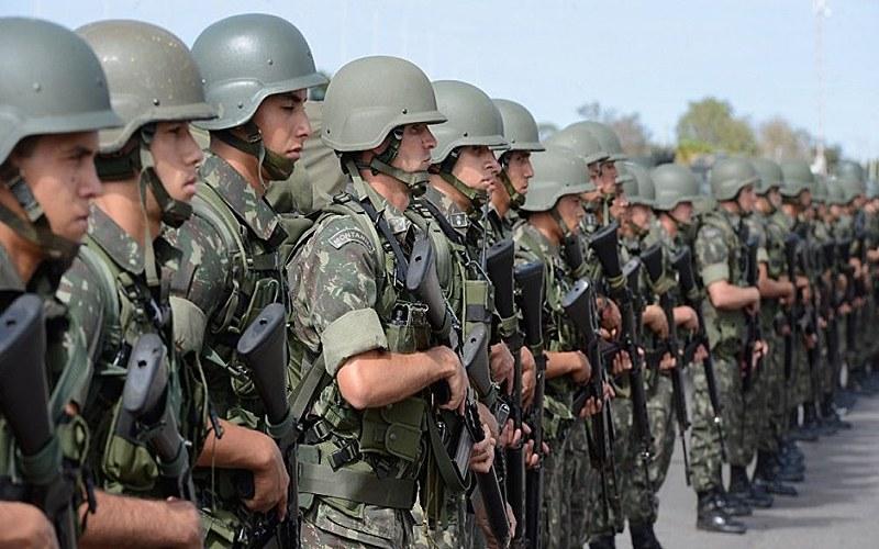 Matéria transfere a segurança pública fluminense da esfera estadual para a federal, sob o comando do corpo militar