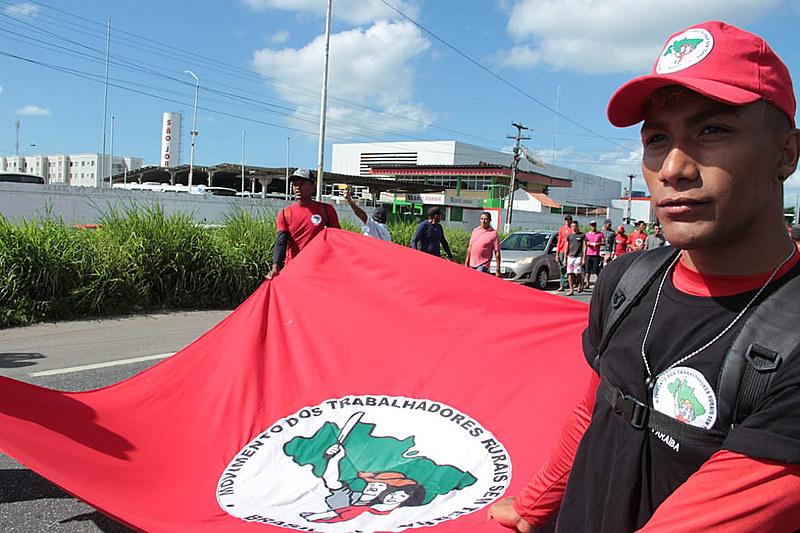Marcha de trabalhadores rurais em João Pessoa, na Paraíba