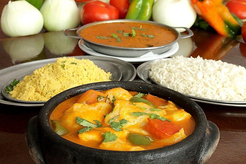 O pirão pode ser de frango, peixe ou sem nenhum tipo de carne.