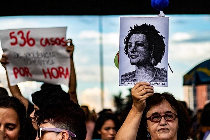 Ato no centro da cidade de São Paulo reuniu cerca de 50 mil pessoas nesta sexta-feira (8)