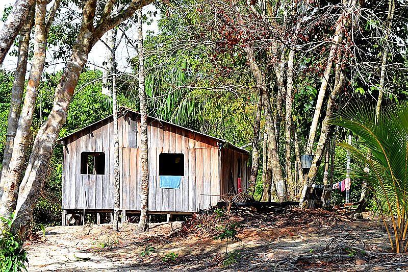 Comunidades ribeirinhas e quilombolas são as mais afetadas pelas irregularidades