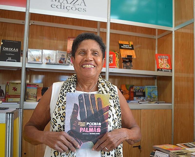 Maria Mazarello Rodrigues criou uma editora com uma visão de mundo que valoriza e propaga a igualdade racial e social