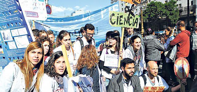 Organizações e sindicatos convocam uma mobilização na próxima quarta-feira (14), em frente ao Ministério de Ciência da Argentina