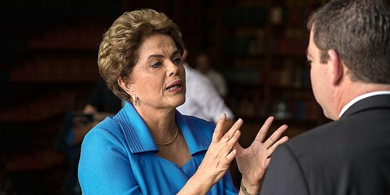 """""""Este governo interino e ilegítimo será bastante conservador em todos os seus aspectos"""", afirmou Dilma para The Intercept"""