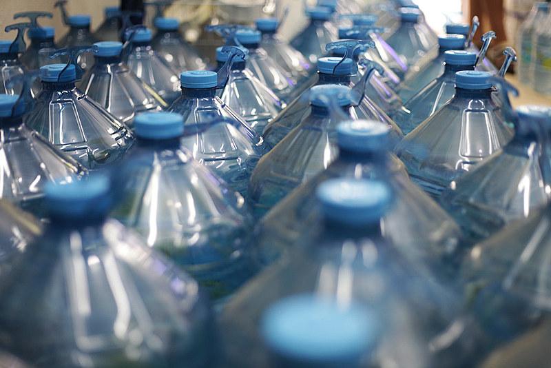 """Transnacionais do setor alimentício investem na privatização dos serviços de água para dominar """"mercados potenciais"""""""