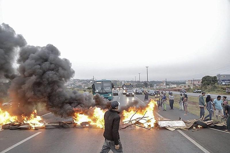 Paralisação de rodovia no último dia 28, em ato convocado pela Frente Povo Sem Medo