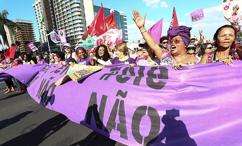 Milhões de pessoas protestaram em mais de 200 cidades do país contra Bolsonaro no dia 29 de setembro