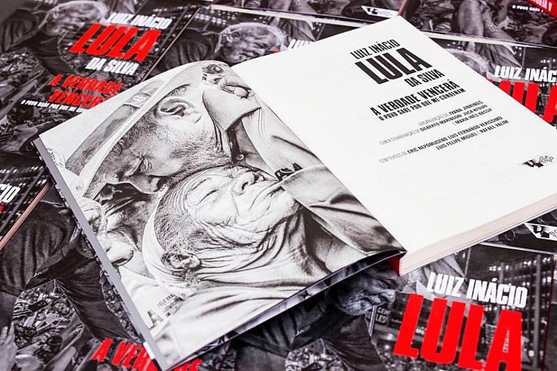 """O petista lançou nova edição do livro """"A Verdade Vencerá: o povo sabe por que me condenam"""""""
