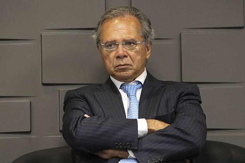 Paulo Guedes não anunciou quais instituições serão privatizadas
