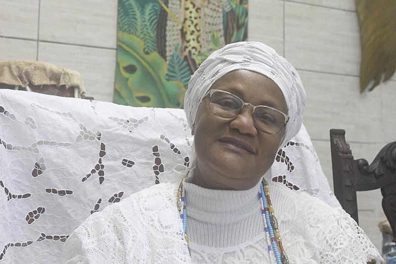 Wanda herdou da mãe o ofício da costura e casa de candomblé, o Ilè Ìyá Mí Òsún Mùíywá, fundado em 1956
