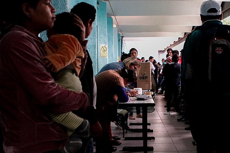 O Consulado Boliviano estima que vivam hoje no Brasil 350 mil bolivianos, dos quais 80 mil estão regularizados como imigrantes.