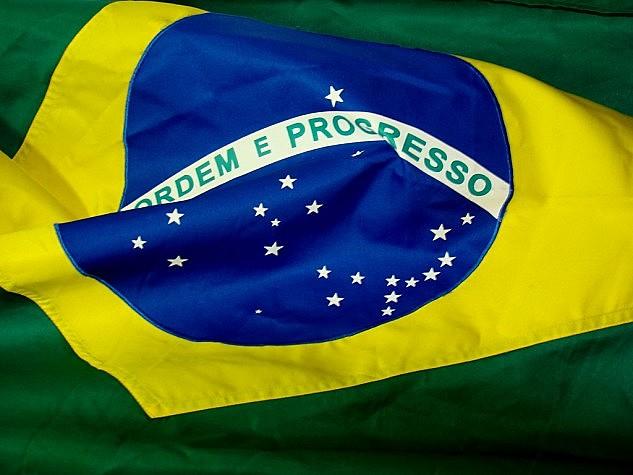Em oito meses, aprovação de Bolsonaro cai em 25,5 pontos percentuais.