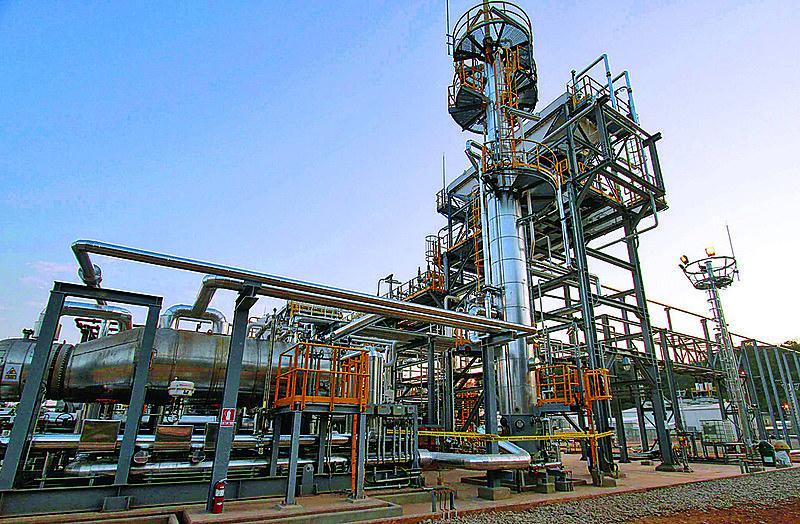 Instalações da YPBF, petroleira estatal boliviana