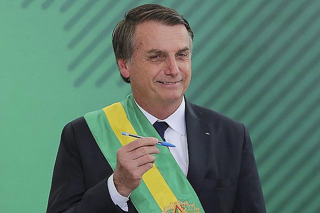 El mandatario ultraderechista de Brasil, Jair Bolsonaro, había prometido un gobierno con 15 ministros, pero serán 22